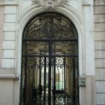 La porte du 23 rue Henri Rochefort