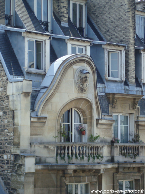 Balcon 118 rue La Fayette, Paris 9e