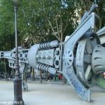 Une fusée Tour Eiffel sur le Quai de Loire