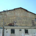 La façade latérale des Frigos