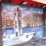 Graffiti de rideau de fer, 13 rue Montorgueil