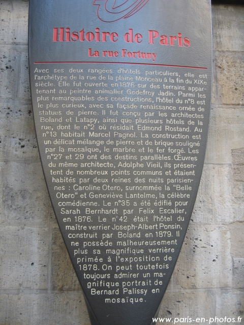 plaque rue fortuny