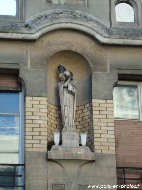 statue st dominique