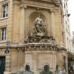 La fontaine au coin de la rue de Linné et de la rue Cuvier