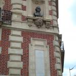Buste en bronze, place de la République d'Equateur
