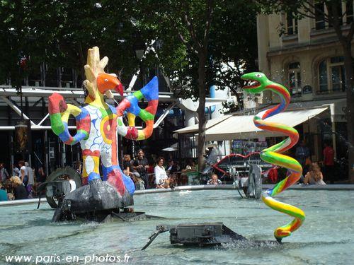 serpent fontaine niki de saint phalle