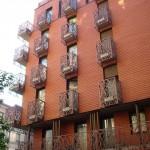 Bâtiment rouge brique au 37 rue Montgallet