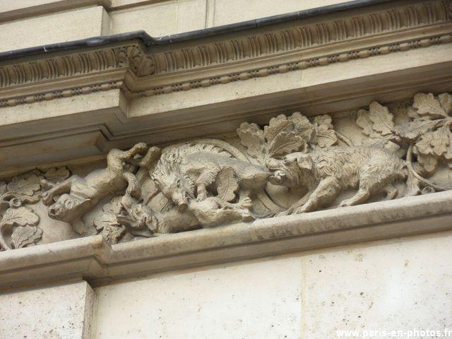 sanglier sculpture