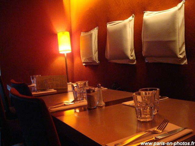 table au zinc du caviste