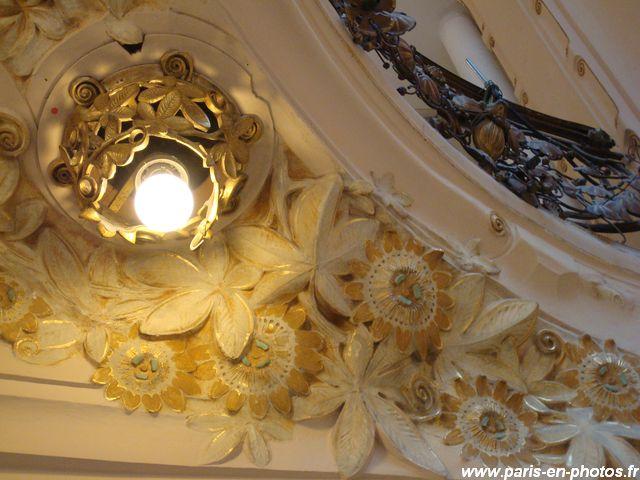 détail floral Galeries Lafayette