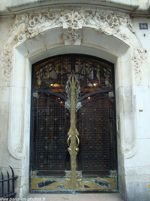 Porte art nouveau paris en photos for Art nouveau fenetre