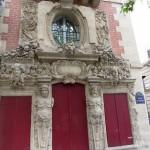 Colosses du quai des Célestins