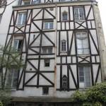 Maison à colombages dans le Square Viviani