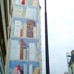 Fresque-bibliothèque rue Losserand