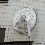 Les personnages blancs, rue Jouy-Rouve