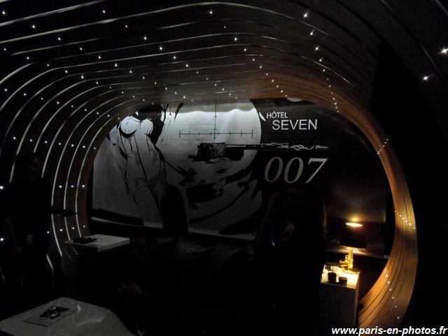 Plafond de la Suite 007