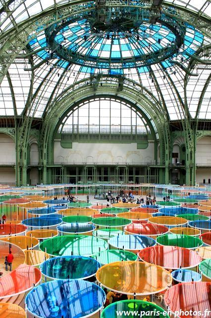 bulles multicolores Buren Monumenta