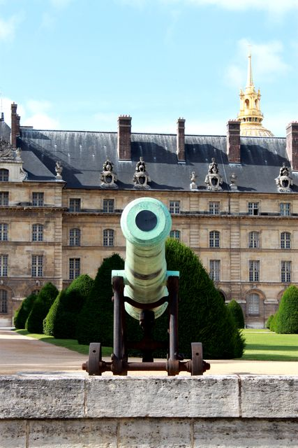 canon douves invalides